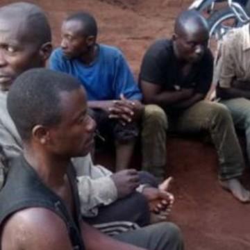 Ituri : L'armée libère 8 otages des mains des ADF à Otomabere lors des patrouilles de combat