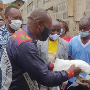 Le Conseiller principal du Chef de l'Etat, Dr Benjamin Bola a lancé la distribution des moustiquaires imprégnées d'insecticides dans la Tshuapa