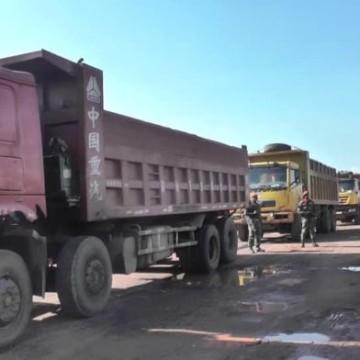 Camions de minerais
