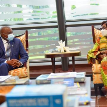 Président du Botswana et Marie Tumba Nzeza