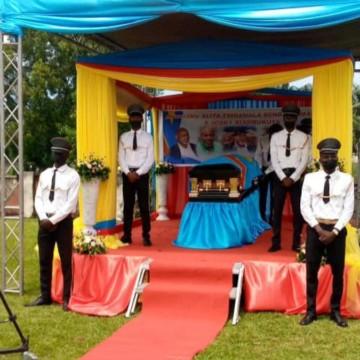 Inhumation de Josky Kyambukuta