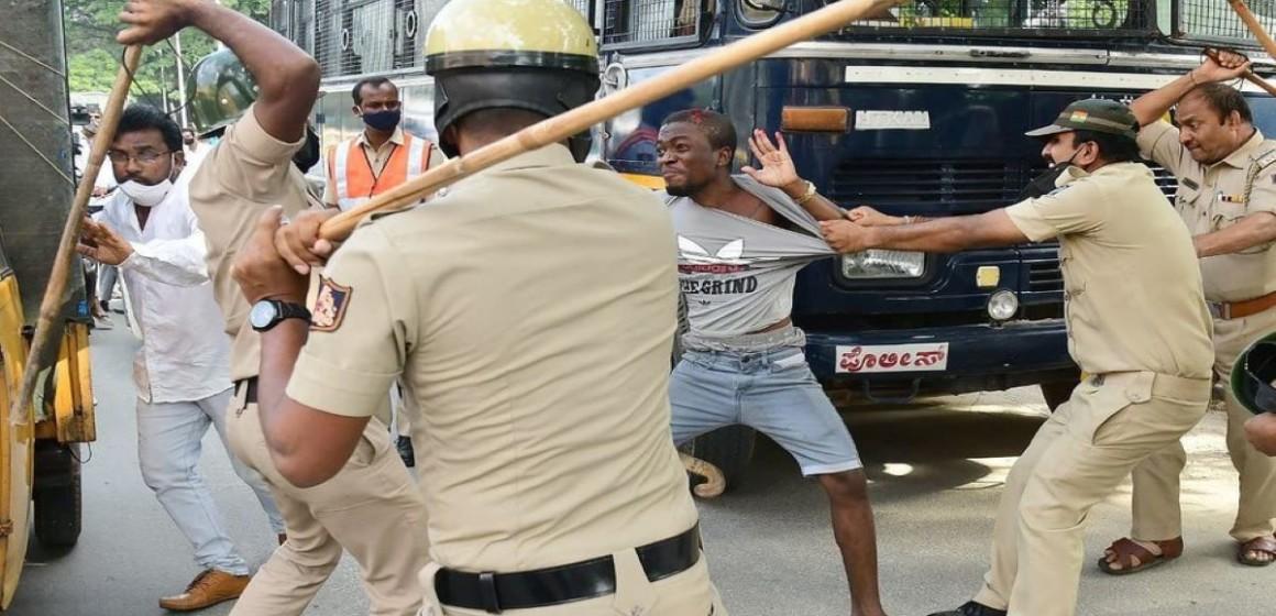 Congolais battu par la police indienne