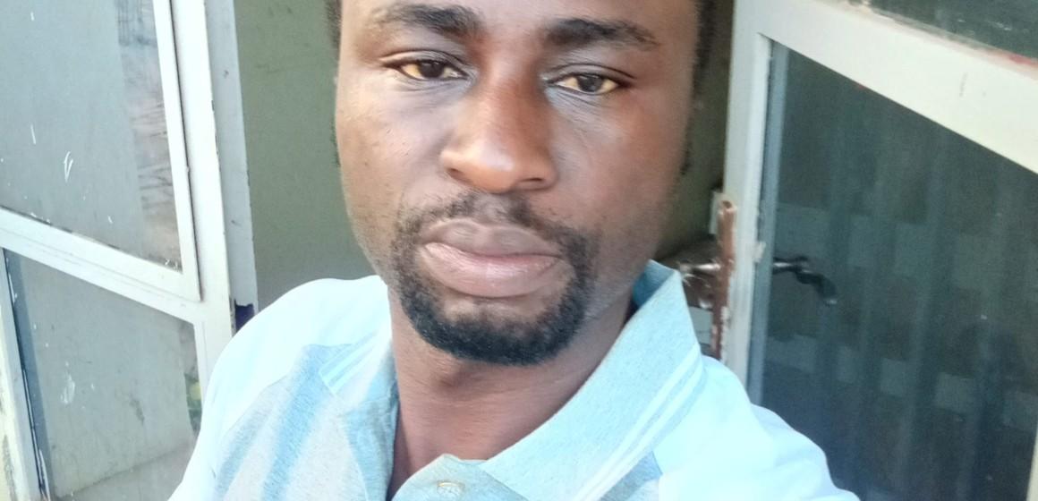 Gloire Mumbesa