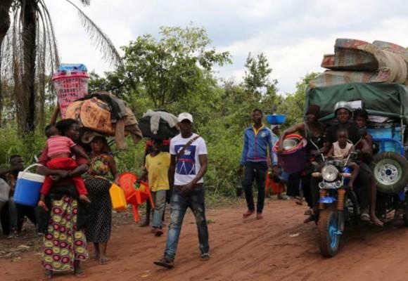 Congolais quittant l'Angola