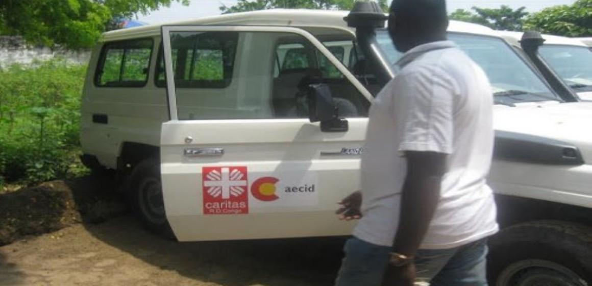 Véhicule Caritas RDC