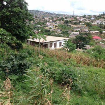 Terrain de 2618 m2 en vente à Matadi à 180000 $