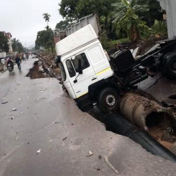 La pluie a coupé la route Matadi à Binza