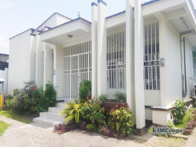 Location maison au quartier Socimat à 2 000 $
