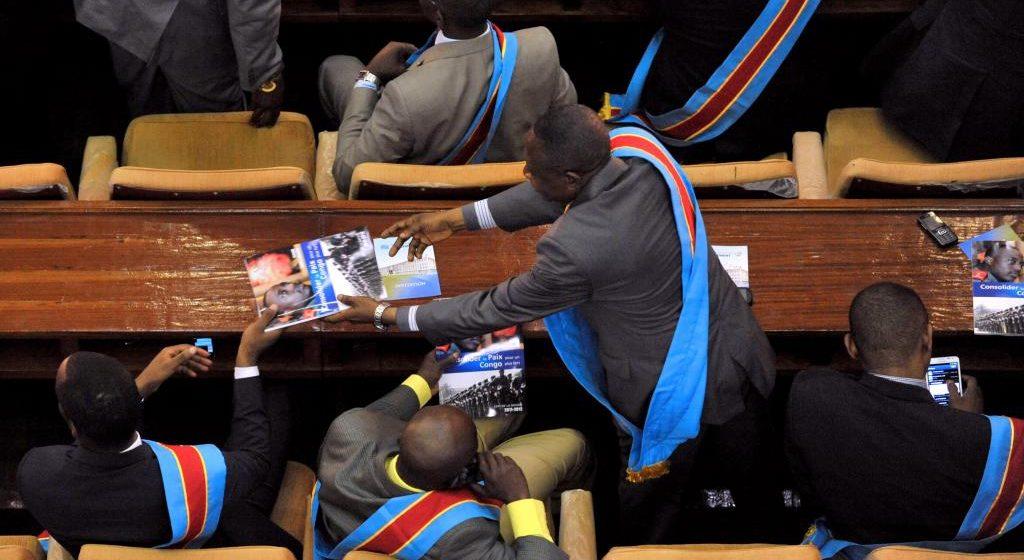 Cacophonie à la Chambre basse du Parlement!