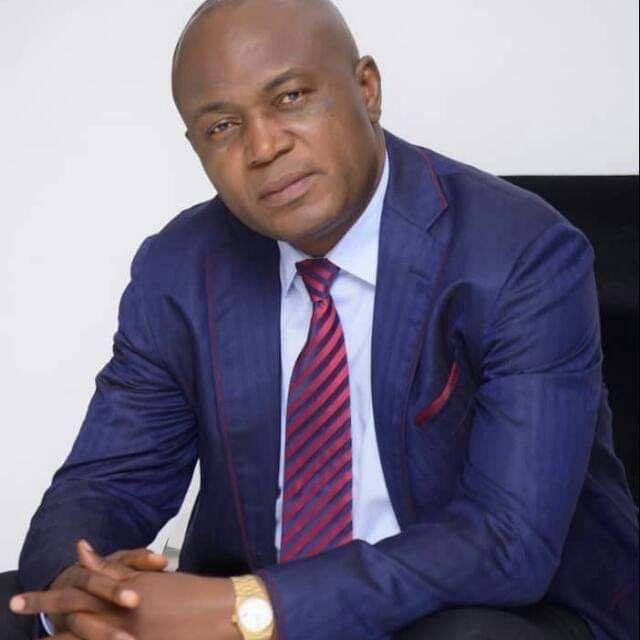 Gentiny Ngobila Mbaka, gouverneur de Kinshasa