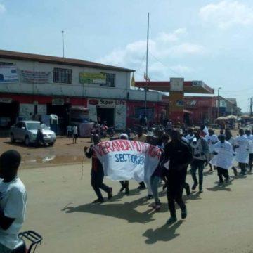 Beni: Véranda Mutsanga sensibilise contre Ebola et soutient les équipes de riposte