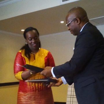Ebola : une feuille de route conjointe RDC-Rwanda adoptée