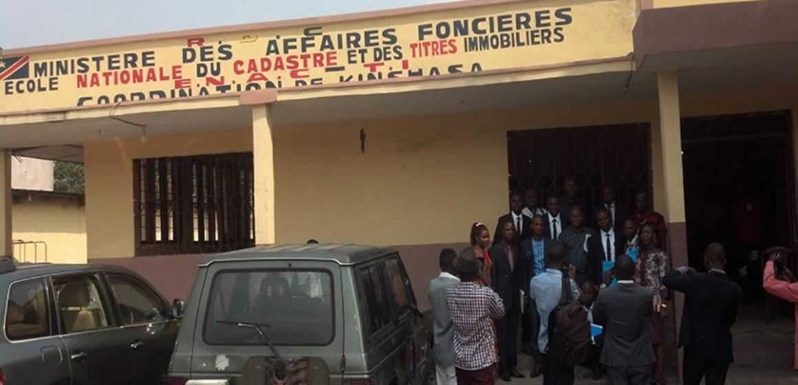 Affaires foncières: un haut cadre de l'Ecole nationale du cadastre suspendu