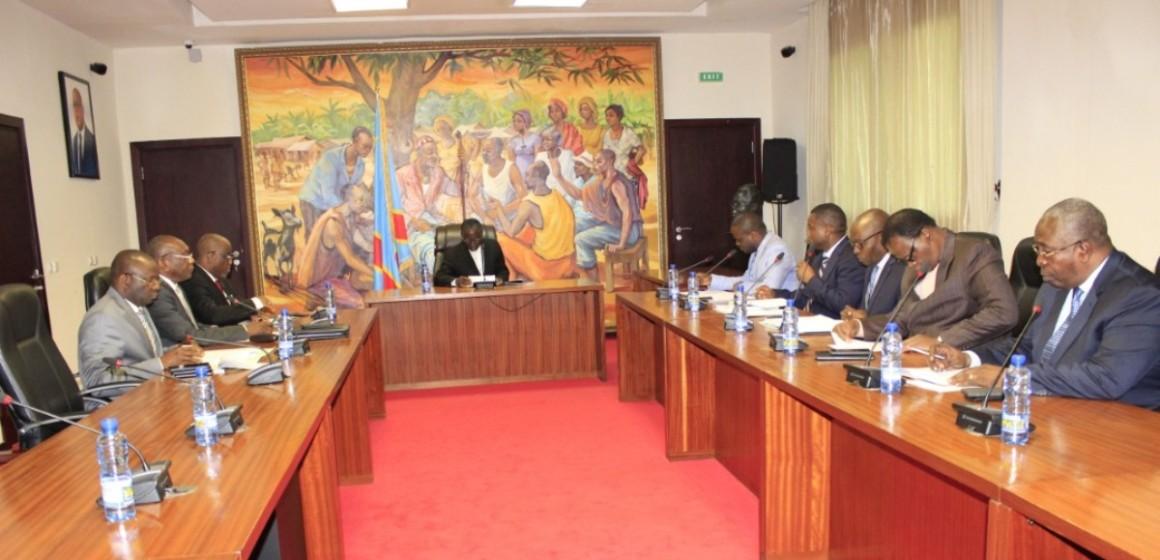 Le Gouvernement Ilunkamba veut lancer des bons du trésor pour renflouer le Trésor public