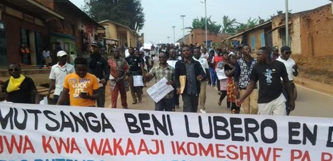 Beni: Véranda Mutsanga immortalise les victimes des massacres par un Salongo au cimetière de Masiani