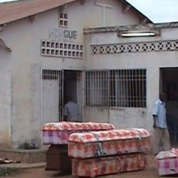 On entasse les corps comme des sardines à la morgue de Kinkanda, au Kongo Central