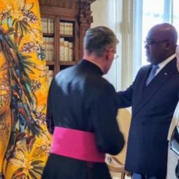 Reçu au Vatican, Félix Tshisekedi offre « les Larmes de Beni » au Pape François