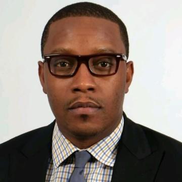 7ème édition de la fête du livre: Éric Ntumba remporte le prix Makomi 3ème édition