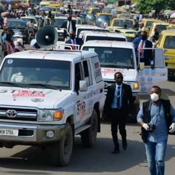 Covid-19 : Après Transco, le Gouverneur Ngobila se lance dans la campagne de sensibilisation