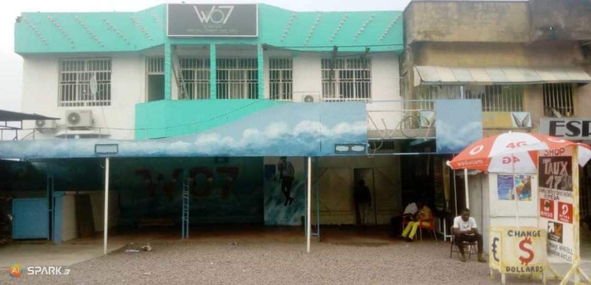 Covid-19 : Night clubs, bars, restaurants et terrasses fermés à Kin