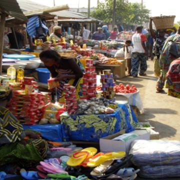 Acacia Bandubola lance les marchés populaires à Kinshasa mercredi 20 mai