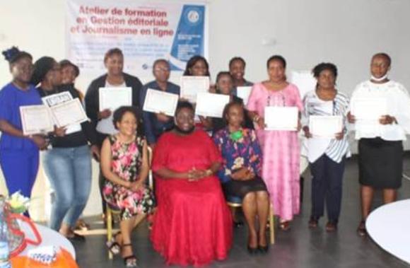 Des femmes journalistes formées à la gestion éditoriale et au journalisme en ligne par Acofepe