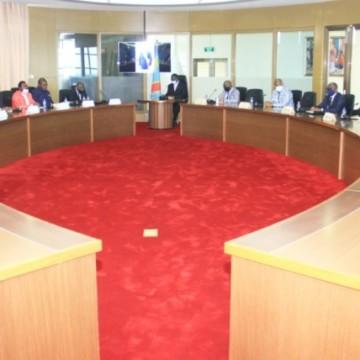Le désenclavement de la Tshuapa et la construction des infrastructures sociales étaient au menu des entretiens du Premier ministre avec des élus de la province