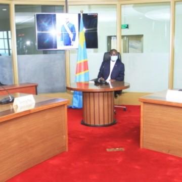 Le moratoire sur la transformation et les exportations des minerais au centre d'une réunion présidée par le Premier Ministre Ilunkamba