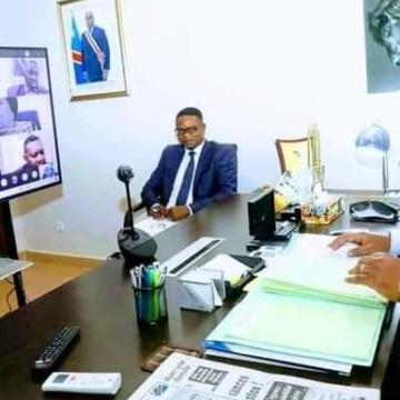 Félix Tshisekedi ne veut pas des mises en place illégales au sein des établissements publics