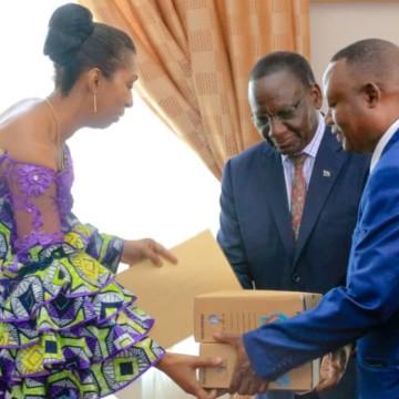 Rentrée parlementaire : Sylvestre Ilunga s'est entretenu avec Mabunda et Thambwe