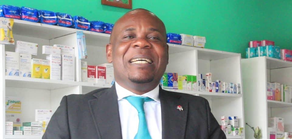 Journée mondiale des pharmaciens : « l'Etat congolais doit assainir le secteur. La pharmacie aux pharmaciens » (Pharmacien Lolo Miyala)