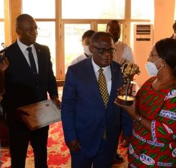Prix Bakanja-Kimbangu du CLC : Pierre Lumbi premier lauréat