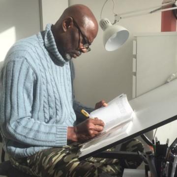 Vient de paraître : « Apolosa, un patrimoine en perdition », de Asimba Bathy