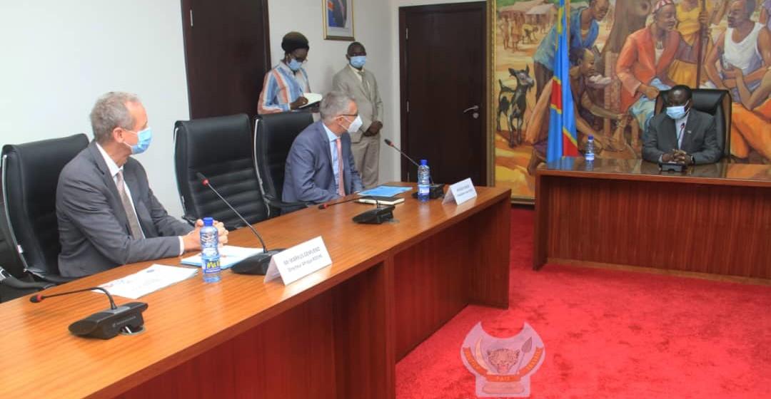 La firme Roche pour des solutions contre le cancer en RDC