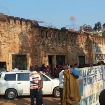 Bukavu : la détention de l'abbé Andrien à la prison centrale mécontente des détenus