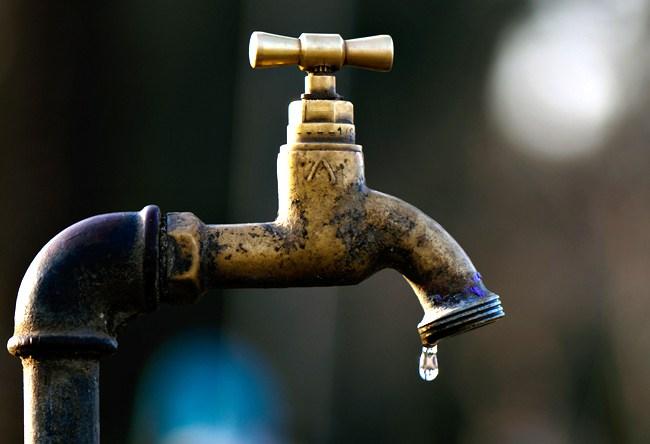 A Boma, Moïse, 12 ans est la première victime du manque d'eau