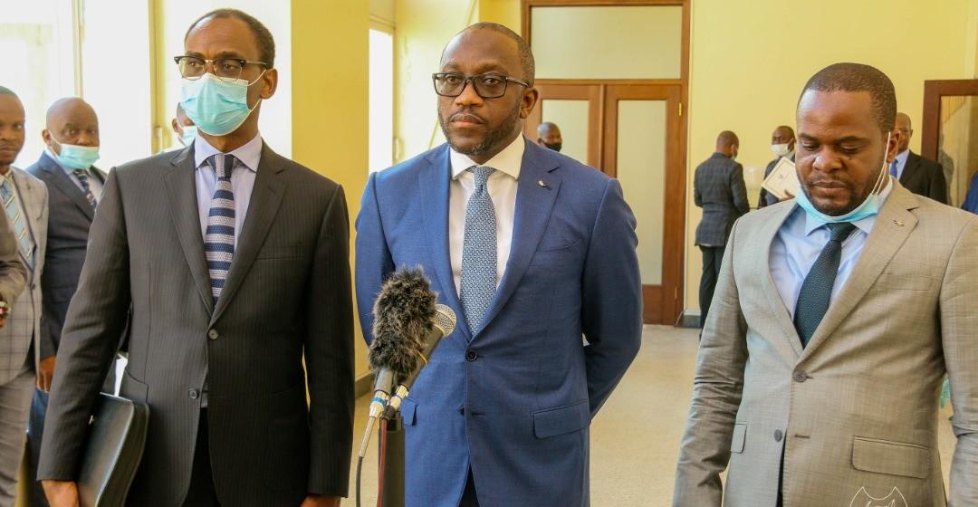 Les vérités du ministre des Finances Sele Yalaghuli sur Top Congo Fm