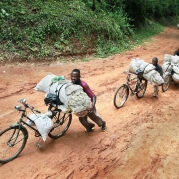 La société civile de Bangole contre les tracasseries militaires