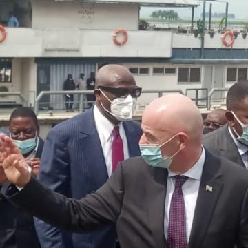 RDC : le président de la FIFA est arrivé à Kinshasa