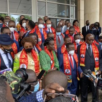 Conflit à l'AFDC-A: le camp Bahati accuse Steve Mbikayi de chercher à revenir au Gouvernement
