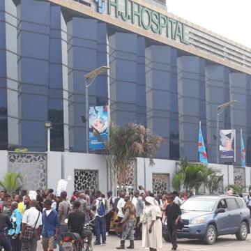 Modeste Bahati résilie le contrat avec HJ Hospitals et signe avec Médecins de Nuit