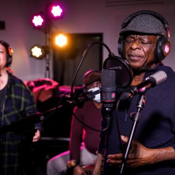 """Sam Mangwana reçoit le prix """"Coup de Coeur"""", Musiques du monde"""
