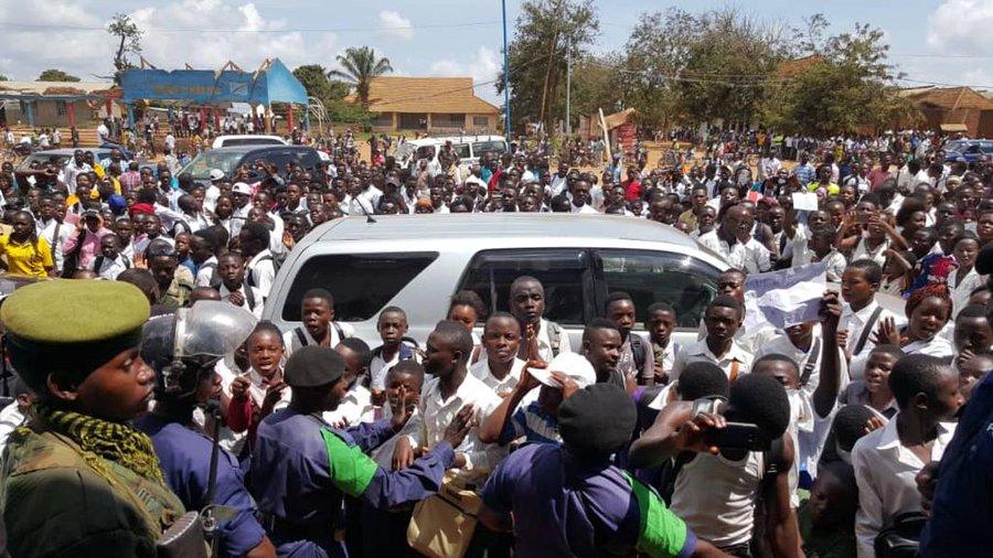 Elèves de Beni chassés après sit-in à la mairie