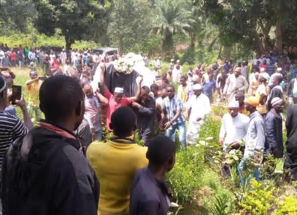 Beni : Le Cheikh Ali Amini inhumé, la communauté musulmane porte plainte contre inconnu
