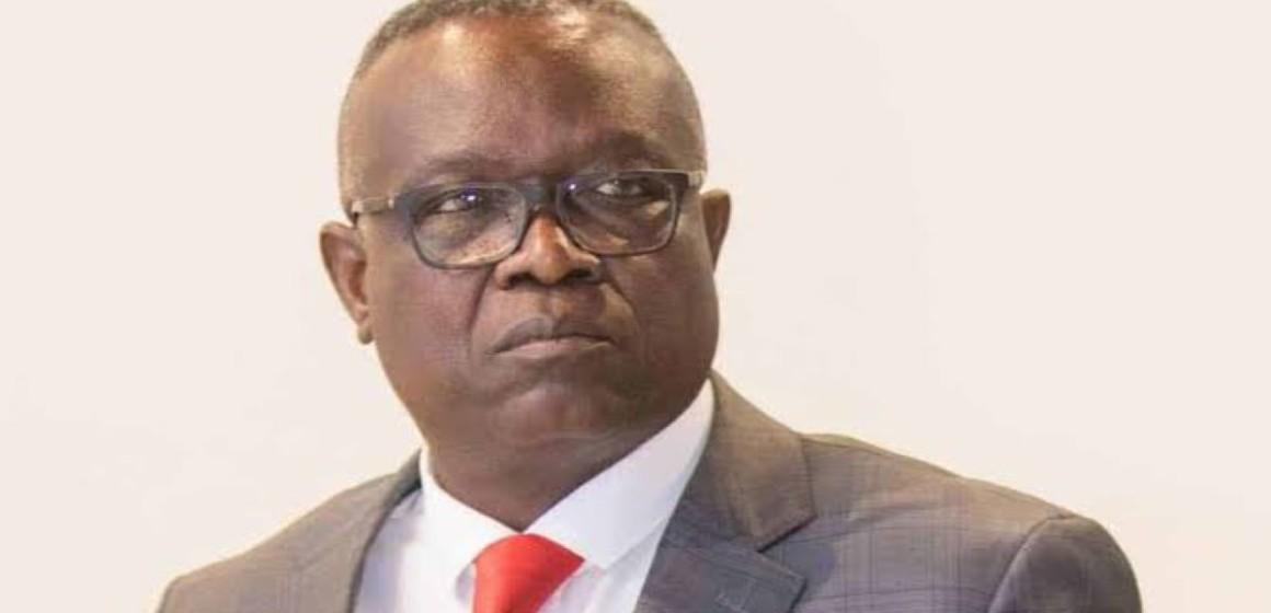 Le DG du FPI Patrice Kitebi suspendu