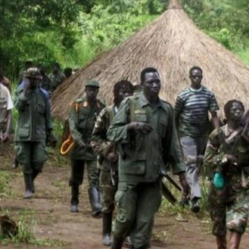 Miliciens ADF et leurs otages