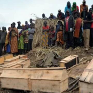 Cercueils de victimes des ADF au Nord-Kivu