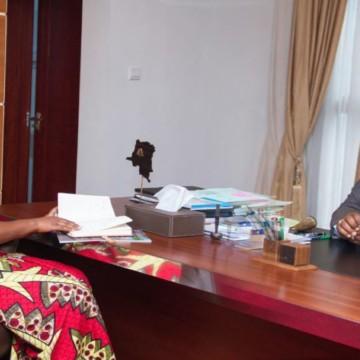 Le ministre Guy Loando et Joella Neema Sambo