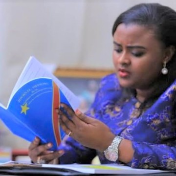 Francine Muyumba, Sénatrice