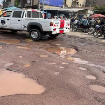 Kinshasa : Projet « Kinshasa sans trou » et identification des motos à l'ordre du jour